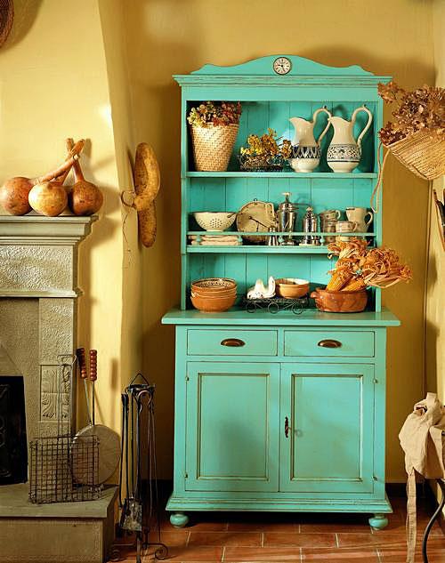 Las alacenas son armarios de cocina y de comedor formados por dos