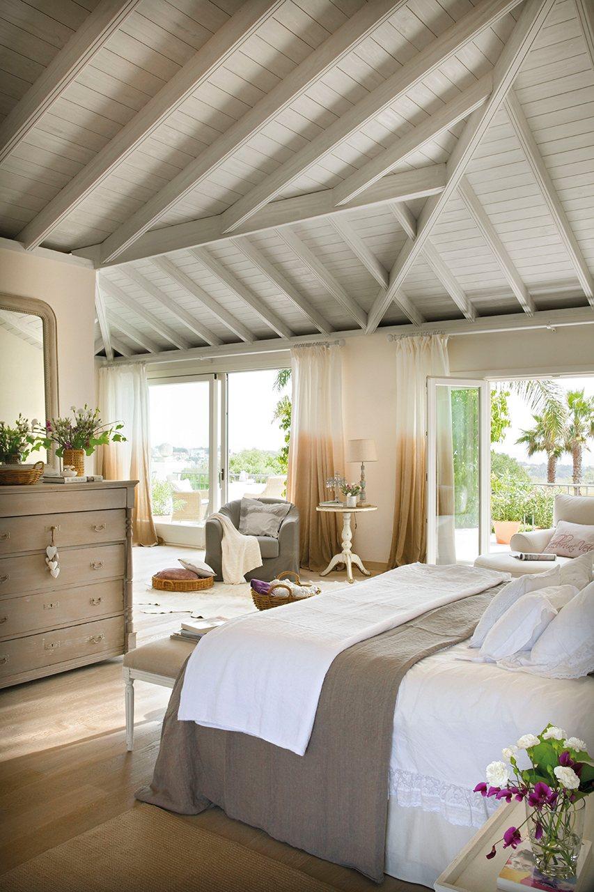 M s de 40 encantadores y c modos dormitorios for Dormitorios comodos