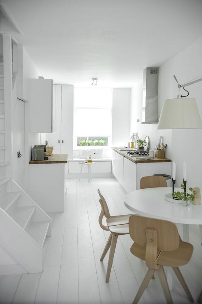 Cocinas c lidas y luminosas web de la casa for Amueblar cocina alargada