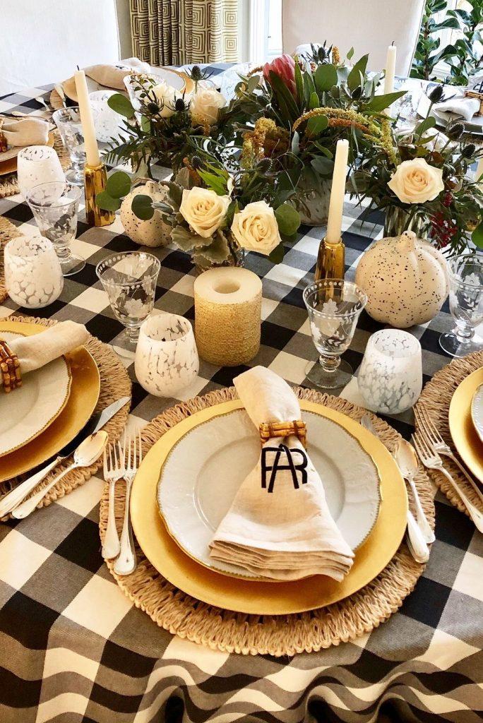 Centro de mesa Navidad con flores blancas