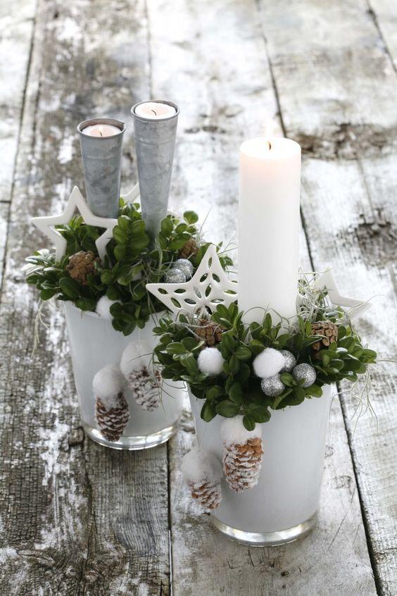 Velas navideñas blancas con estrellas