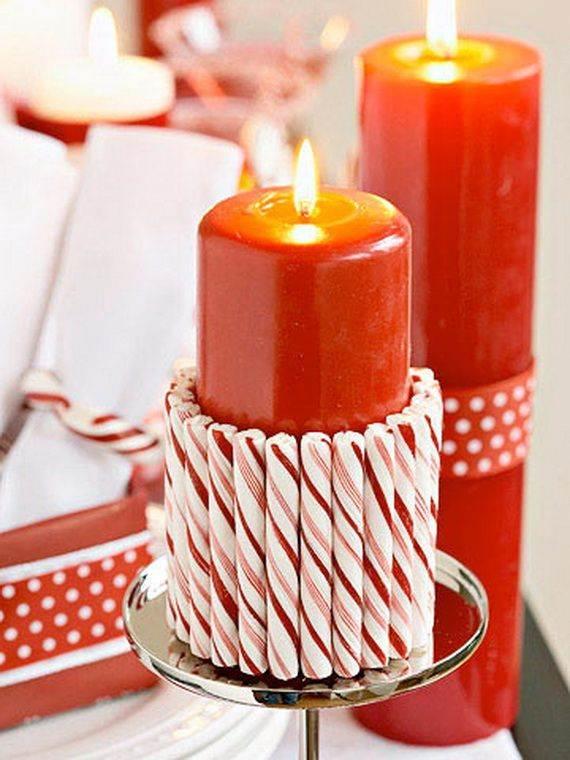 Velas navideñas rojas con caramelos