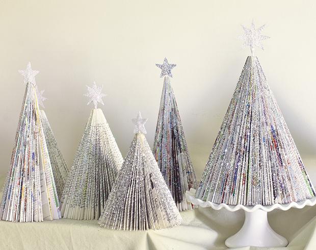Manualidades Navidad: Árbol de Navidad hecho con revistas