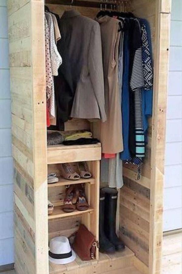 Armario de madera para habitaciones pequeñas